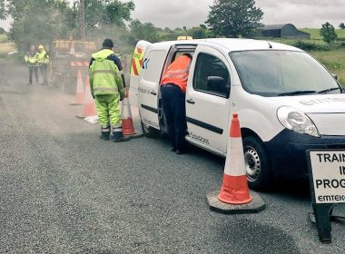 Emtek are training clients in Connaught this week, using our #Ultracrete road maintenance products. Perfect for fixing ironwork & potholes. https://t.co/B7rnwLZ8Iy