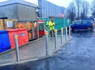 We're supplying 100's of our Antrim Stainless Steel #Bollards to a new retail outlet in County Down this week #Construction #Building https://t.co/oGopwno3Y3