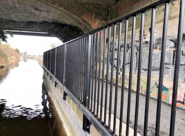 #Kildare is the location of another phase of our safety railing improvements project, to a sequence of tow paths and #bridges alongside these beautiful #canals. Here you can see our bespoke side fixed system #safety #innovation https://t.co/85zPqbyTLo