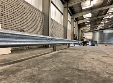 Emtek's project delivery team are working on a warehouse upgrade scheme in #Belfast with the installation of our #Armco #Safety #Barriers to protect the internal fabric of this building. Upon completion it will become a new online retailers logistics hub #safety https://t.co/ed0e7mZXba