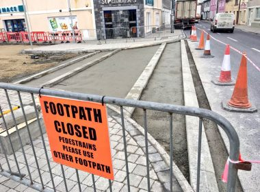 Emtek Materials Supply Team are providing #Ultrascape products to this urban regeneration scheme in #Galway this month. Our BS 7533 compliant mortars, primers and jointing grouts will ensure the pavings longevity in this heavily trafficked city. #roads #footpaths https://t.co/QWXAh0b1tQ